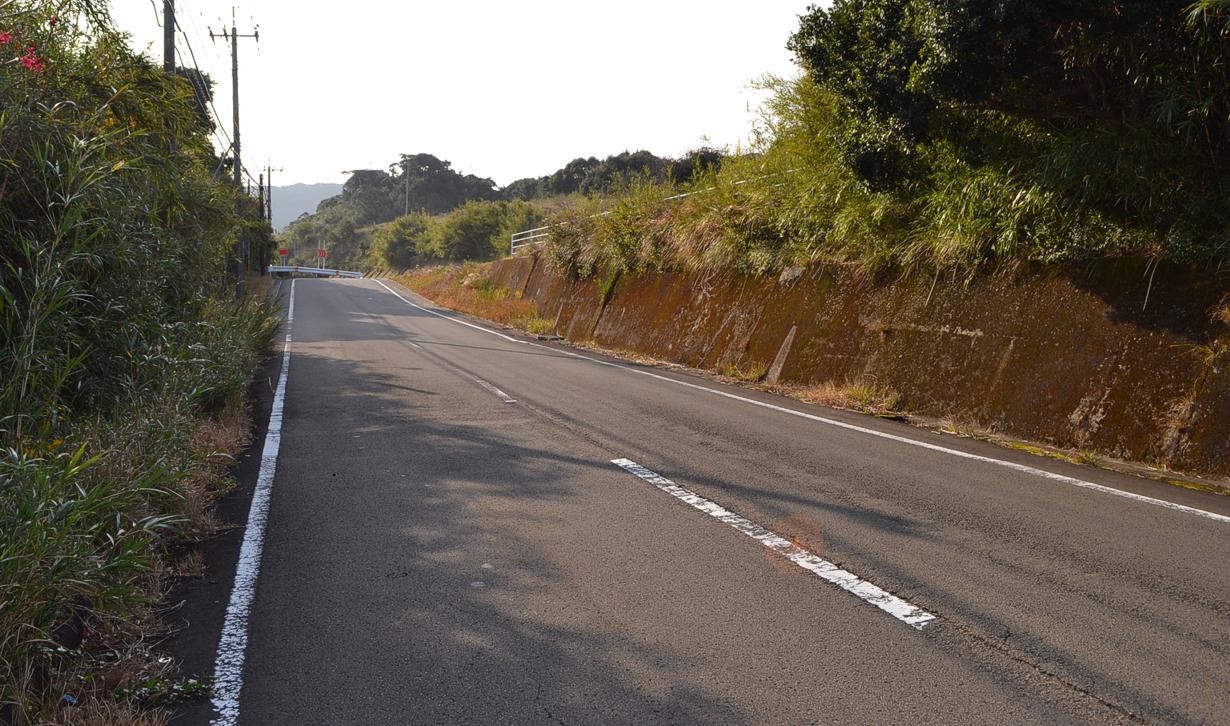 Tanegashima Island Japan  city images : The illusory slope in Minamitane twon, Tanegashima island